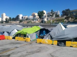 Vluchteling-in-Pireaus